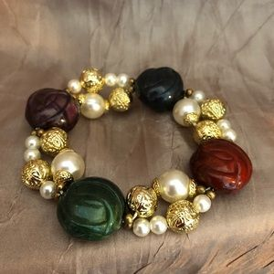 Stretch bracelet white & gold with multi-colobeads